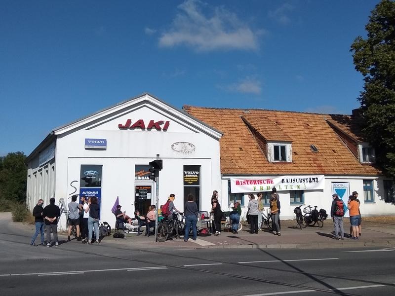 Demonstration gegen den Abriss der Stralsunder Straße 47