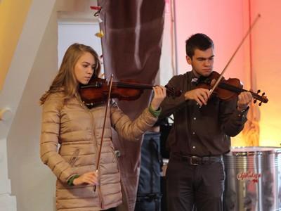 Nikolausfest in der Museumswerft - Geigenduo