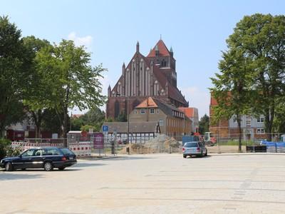 Parkplatz Friedrich-Loeffler-Straße